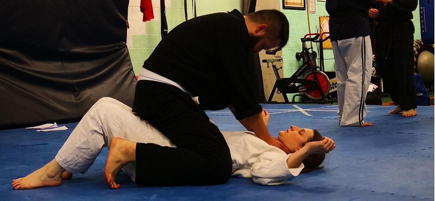 esempio di difesa personale nel jujitsu